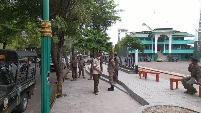 PKL di Alun-alun Palabuhanratu Ditertibkan, Pedagang Minta Bupati Fasilitasi Tempat Relokasi