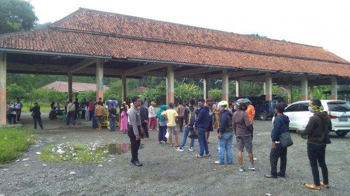 1.497 Orang Masuk ke Sukabumi Melalui Perbatasan Jabar-Banten, Sterilisasi Dilakukan di Terminal Bus