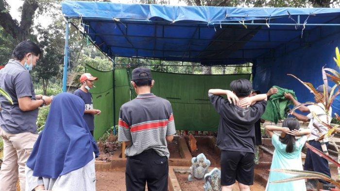 Kuburan Bayi 55 Hari di Kuningan Digali Polisi, Diduga Ada Kejanggalan pada Kematian Bayi Tersebut
