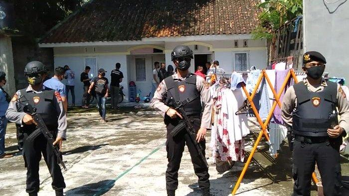 Terduga Teroris itu Dikenal Baik Tetangga di Kota Tasikmalaya, Dibuatkan Rumah Permanen Inventaris