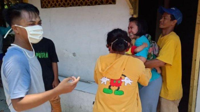 Satpol PP Bongkar Bangunan Liar di Jalan Cimanuk Timur Indramayu, Ibu-ibu dan Anak-anak Menangis