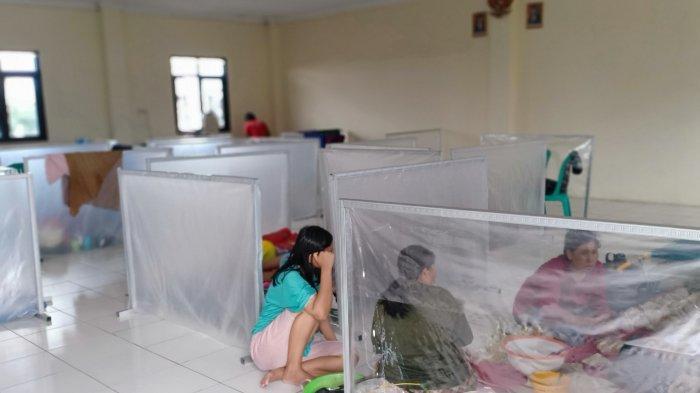 Puluhan Keluarga di Dayeuhkolot Mulai Mengungsi, Banjir 1,5 Meter Rendam Baleendah