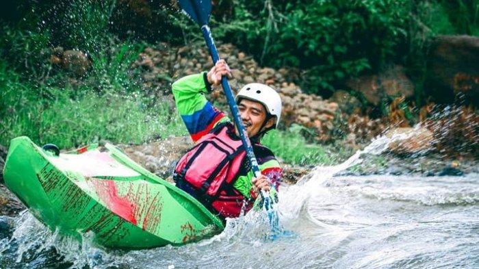 Tempat Wisata Alternatif, Bermain Kayak di Sungai Ciherang, Banjaran, Menikmati Olahraga Ekstrem