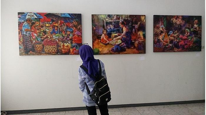 pengunjung-pameran-integrated-art-exhibition-yang-digelar-iasr-itb.jpg