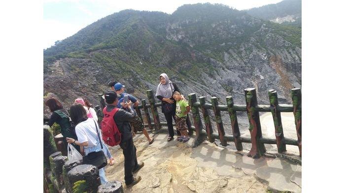 Libur Imlek, Pengunjung Tangkuban Perahu Capai 6 Ribu Orang