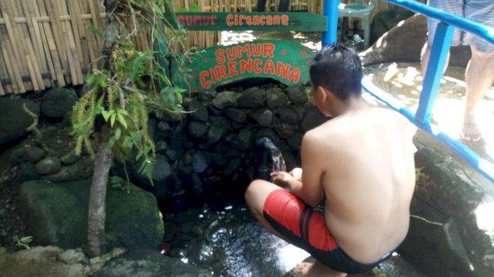 Mandi dengan Ikan Dewa Sambil Berwisata Sejarah ke Petilasan Prabu Siliwangi di Cibulan Kuningan