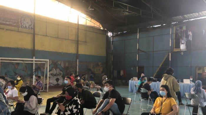 Yakin Vaksin bisa Akhiri Pandemi, Anak Muda Bandung Penjual Vape Disuntik Vaksin Covid-19