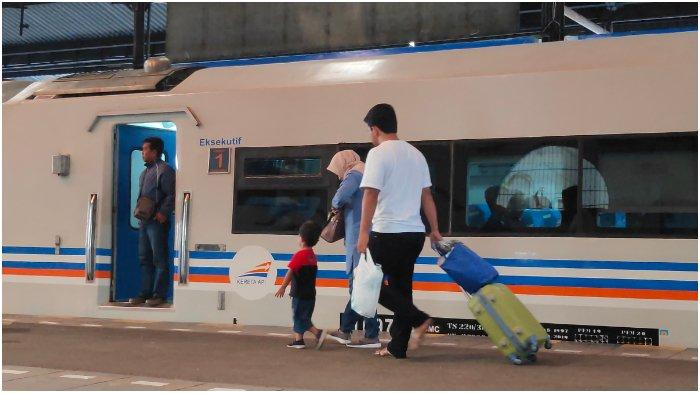 Daop 2 Bandung Menambah Perjalanan KA Reguler, Berikut Jadwal KA Reguler Tambahan