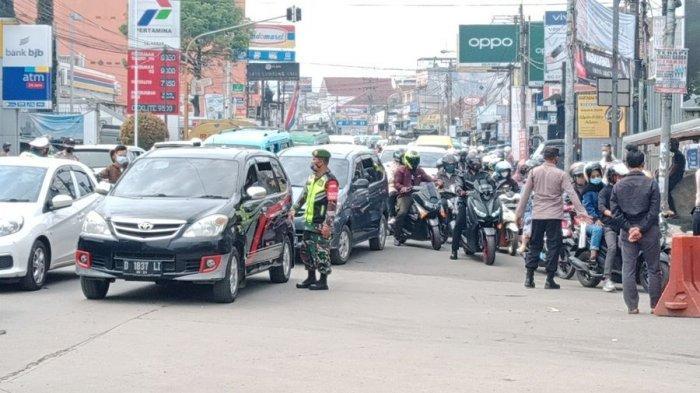 Akses ke Objek Wisata di Pangalengan Kabupaten Bandung Ditutup di Banjaran