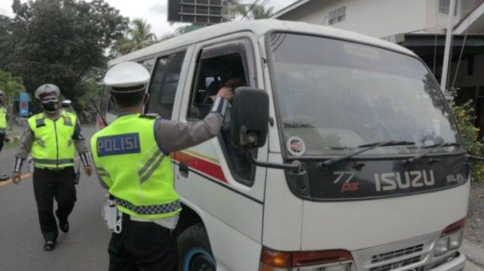Perbatasan Jawa Barat-Banten di Sukabumi Dijaga Ketat, Puluhan Kendaraan Pemudik Harus Putar Arah