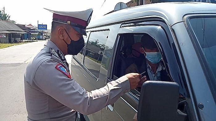 Trik Pemudik Pakai Angkutan Barang untuk Pulang Kampung, Tetap Saja Ketahuan Polisi, Ini Akhirnya