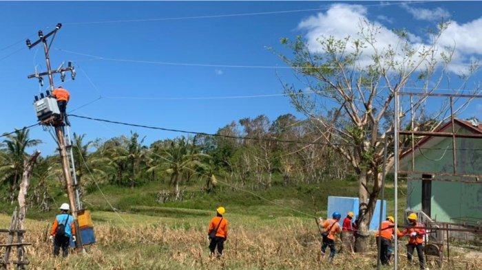Perjuangan PLN Pulihkan Listrik Pulau Sabu: Tempuh Perjalanan 10 Jam, Buka Akses Jalan Berhari-hari
