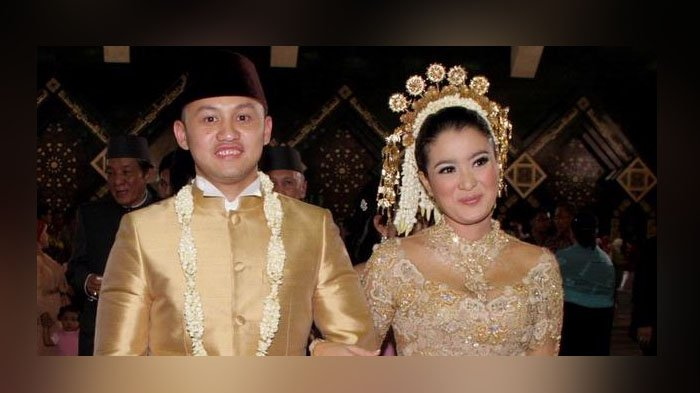 Pernikahan Marcella Zalianty dan Ananda Mikola