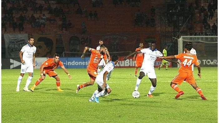 Curi 3 Poin di Markas Borneo FC, Persib Bandung Kembali Buka Peluang ke Lima Besar, Gomez Puji Made