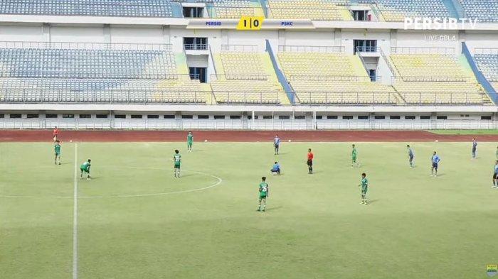 BERITA POPULER Pelatih Persib Bandung Tertawa Piala Wali Kota Solo Mendadak Dibatalkan