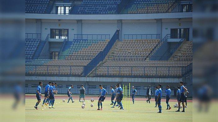 Persib Bandung latihan bersama perdana, Senin (10/8/2020) di Stadion GBLA.