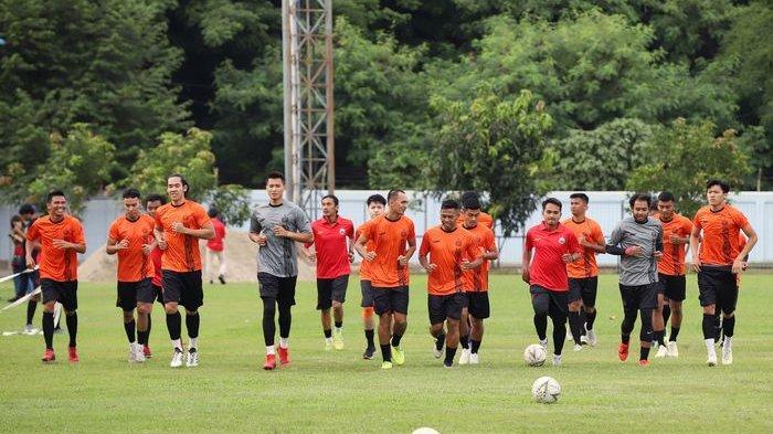 Liga 1 Resmi Ditunda, Ini Respons Saingan Persib Bandung Jadi Juara, Persija Jakarta