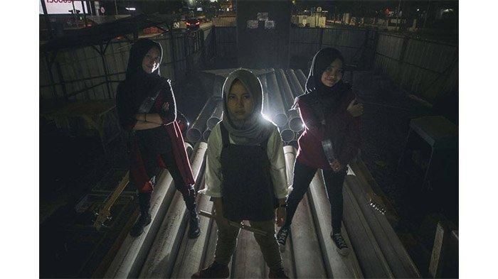 Kritik RUU Permusikan, Band Metal asal Garut Voice Of Baceprot atau VOB Bikin Lagu 'Kentut RUUP'