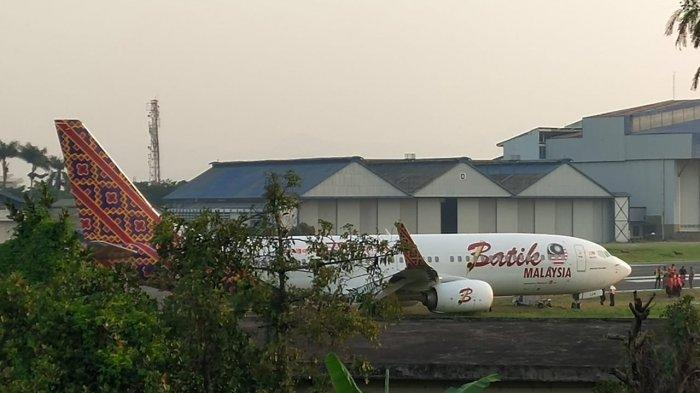 Pesawat Batik Air Malaysia Tergelincir di Bandara Husein Bandung