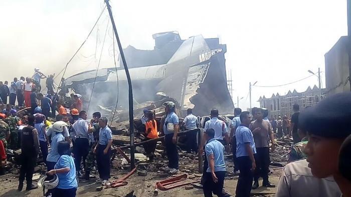 HARI INI Enam Tahun Lalu, Pesawat Hercules C-130 Jatuh Timpa Ruko di Medan, 113 Penumpang Tewas