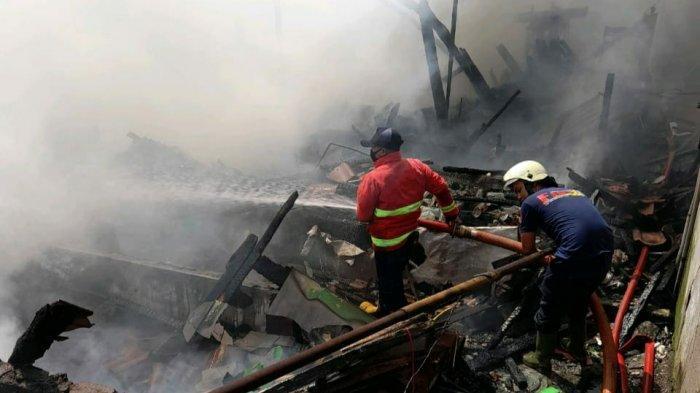 Tiga Rumah Kontrakan di Sumedang Ludes Terbakar, Kerugian Ditaksir Rp 250 Juta
