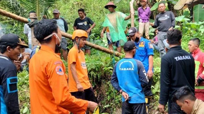 Sapi Masuk Sumur 6 Meter Lebih di Pangandaran, Petugas Kesulitan Evakuasi, Begini Kondisinya