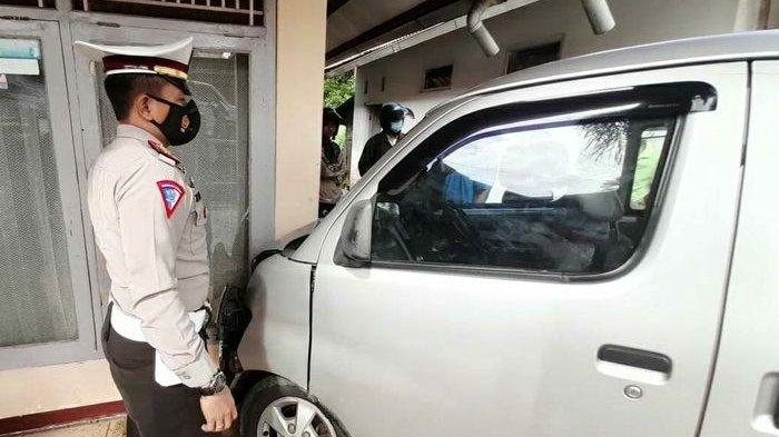 Mobil Oleng Lalu Tabrak Pengendara Sepeda Motor di Tasikmalaya, Seorang Nenek Meninggal Dunia