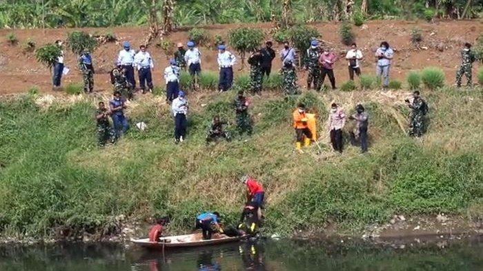 Mayat Tanpa Identitas Ditemukan di Sungai Citarum, Begini Dugaan Sementara Pihak Kepolisian