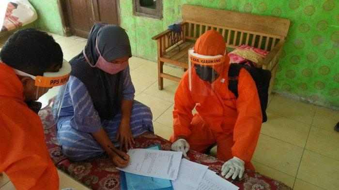 Petugas PPS KPU Karawang Disebar ke 309 Desa untuk Verifikasi Faktual, Pakai APD Lengkap
