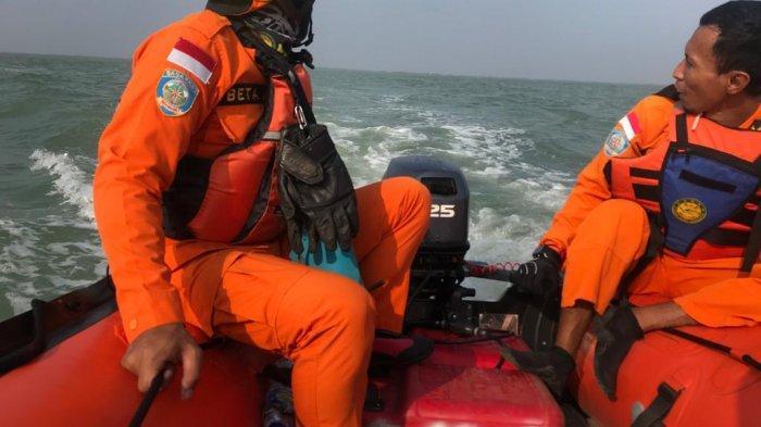 Diterjang Ombak di Perairan Pantura Subang, KM Barokah Jaya Terbalik, Satu ABK Belum Ditemukan