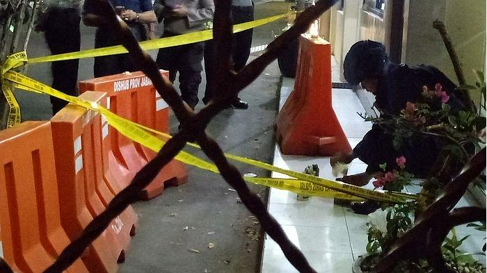 Lima Bom Aktif Ditemukan di Kota Cirebon, Polisi Cari Tahu dari Mana Bom Berasal