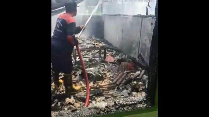 Empat Mes Karyawan Pabrik Kulit Terbakar di Cianjur