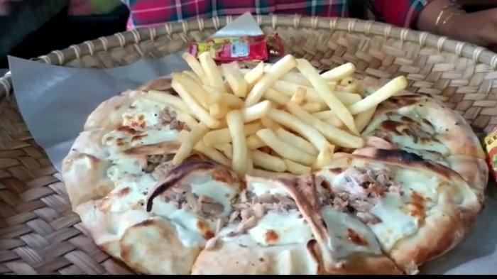 Kuliner Unik, Dibakar dan Dihidangkan Dengan Nyiru, Pizza Corona di Daerah Ini Patut Dicoba