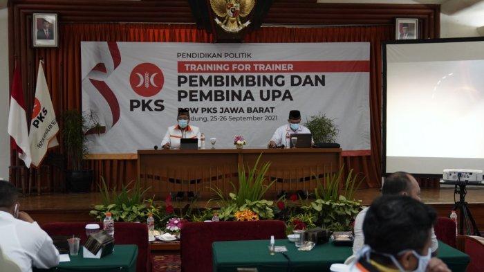 PKS Jabar Perkuat Basis Kader Lewat Pendidikan Politik Untuk Para Pembina Kader