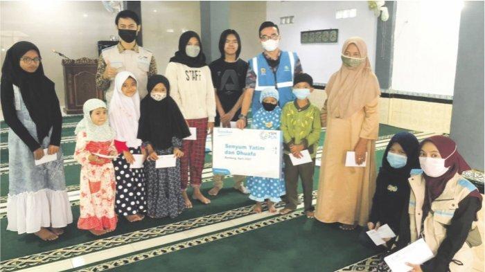 Peduli Guru Ngaji dan Dhuafa, YBM PLN Jawa Barat Serahkan Bantuan dengan Total Lebih Dari 600 juta