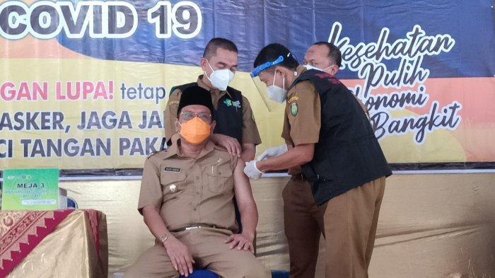 Tidak Ada Artis yang Jadi Influencer Vaksinasi di Indramayu, Lucky Hakim Gagal Ikut Disuntik Vaksin