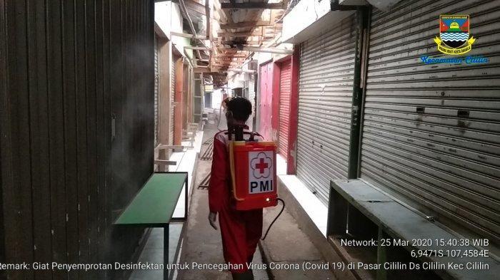 Cegah Penyebaran Virus Corona, 3 Pasar di KBB Disemprot Disinfektan