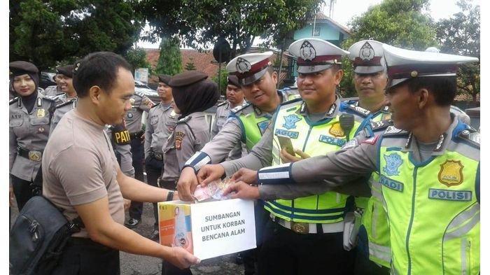 Polres Ciamis Galang Dana untuk Korban Bencana di Bogor, Penggalangan Dilakukan Usai Apel Pagi