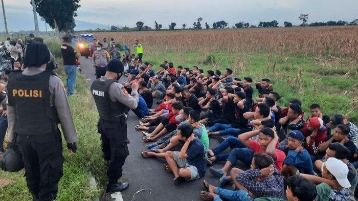 Polisi Bubarkan Balapan Liar Menjelang Buka Puasa, Puluhan Pemuda Diamankan