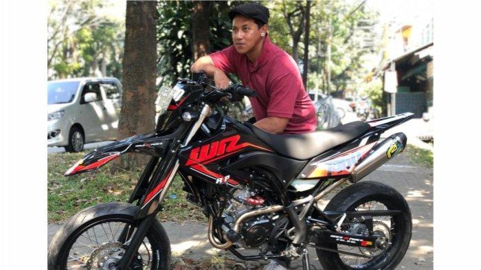 Hobi Berpetualang, Fajar Kutho Alias Ujang Rambo Preman Pensiun Pilih Motor Yamaha WR 155R