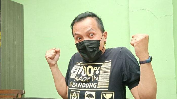 Pranajaya, pemilik Magali Kopi di JalanBengawan Nomor 67, Cihapit, Kecamatan Bandung Wetan, Kota Bandung.