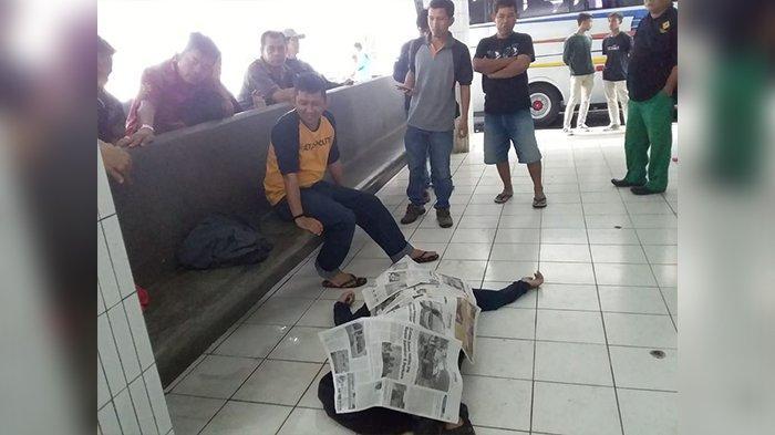 Dikira Tidur, Pria asal Sukabumi Ditemukan Tewas Tergeletakdi Terminal Ciamis