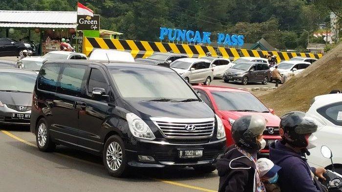 Ribuan Kendaraan Padati Puncak Bogor Pengunjung Kecewa Saat ke Tempat Wisata Ternyata Ini Kondisinya