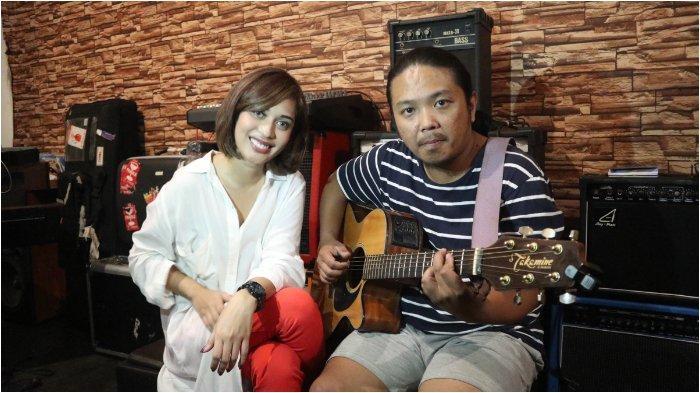 Keren, Cerita Ray Martosono dan Karen Pooroe Perkenalkan Musik Daerah Maluku Hingga ke Belanda