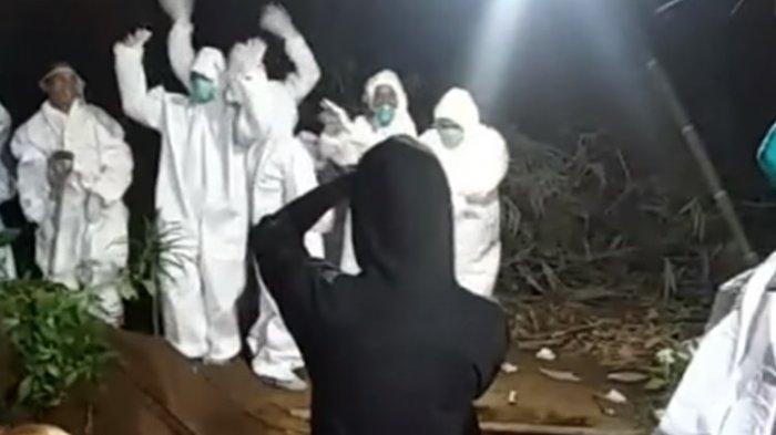 VIRAL, Video Relawan Pemakaman Jenazah Covid-19 Joget-joget di Pinggir Lubang Kuburan, Ini Faktanya