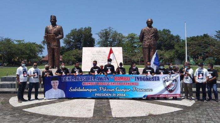 Relawan Rambo Alias Rambut Bodas Dukung Gubernur Jateng Ganjar Pranowo Menjadi Calon Presiden 2024.