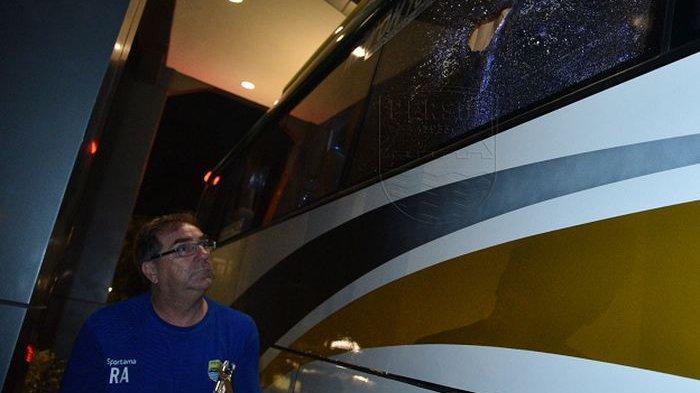 PT PBB Minta PT LIB Proses Hukum Kasus Pelemparan Batu ke Bus Persib Bandung