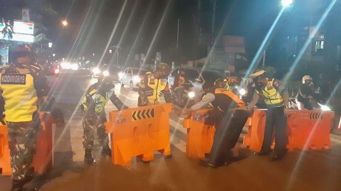 Resmi Jalanan Protokol di Purwakarta Ditutup, Volume Kendaraan Tampak Ramai Lalu Lalang