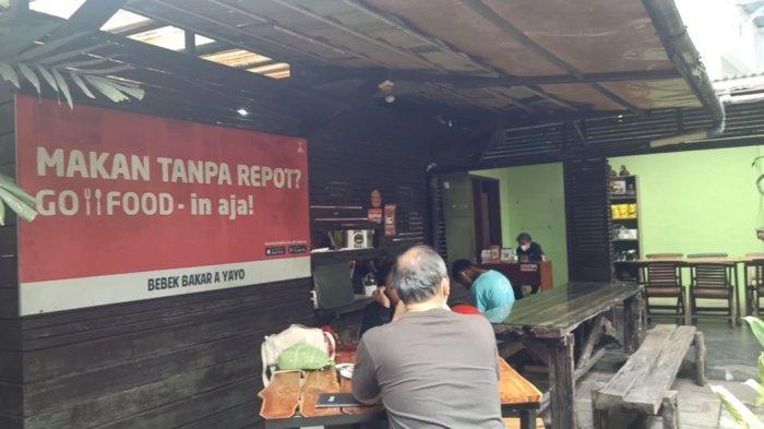 Bebek A' Yayo di  Jl. Bengawan No.67 Kota Bandung.