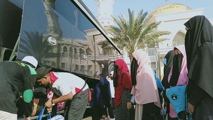 Ribuan Santri Pontren Idrisiyyah Pageningan Tasikmalaya Dipulangkan